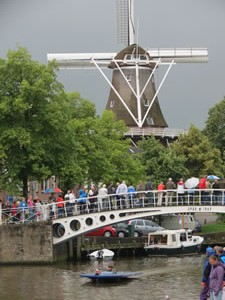 Cedarville at the finish line in Dokkum